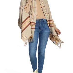 MADEWELL Camel Plaid Cape Scarf One Size NWT